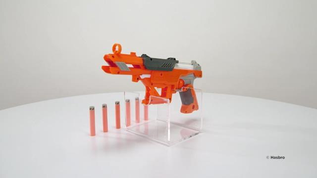 Hasbro - NERF N-Strike Elite Accustrike Falconfire Video 10