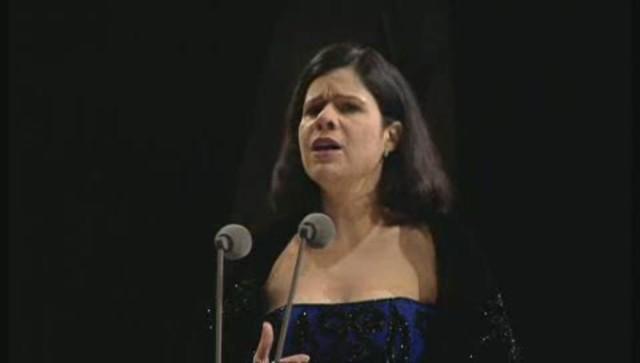 Plácido Domingo Conducts A Spanish Night Video 3